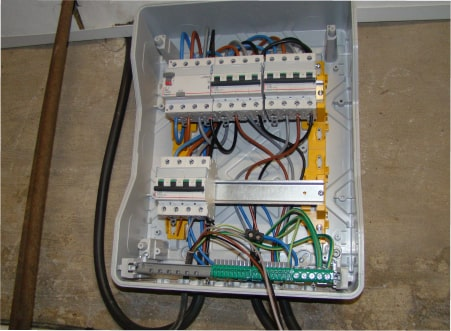 Rénovation et mises aux normes électriques à Arras